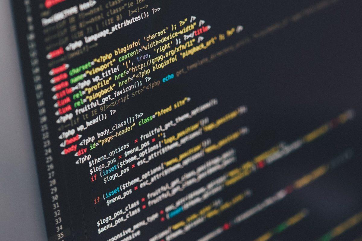 https://pixabay.com/de/code-code-editor-codierung-computer-1839406/